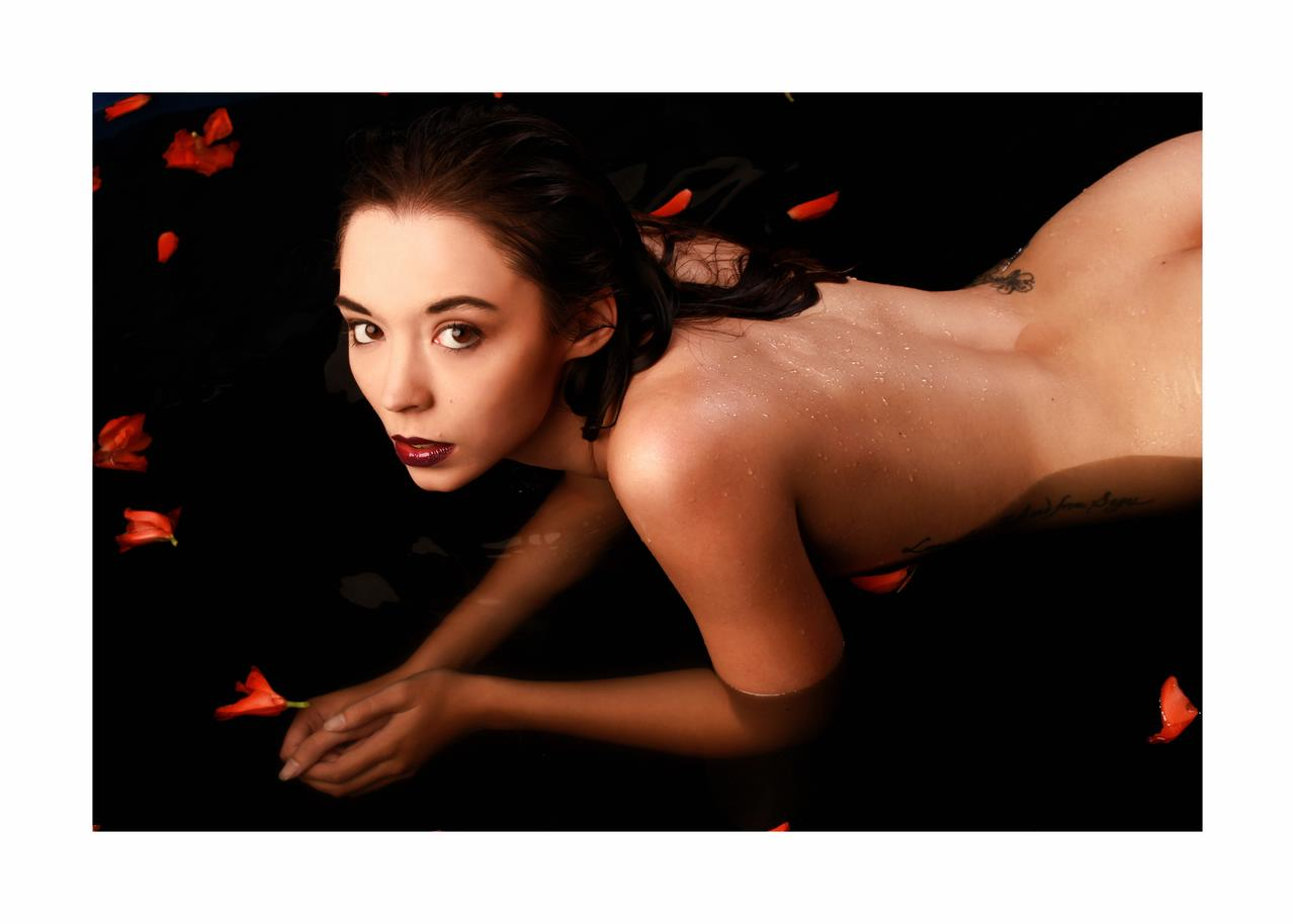 coralie erichsen in beauty in the bath by jaime photography